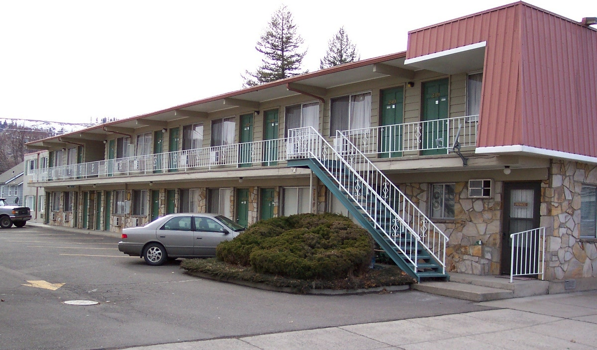 Front View Of Motel Back
